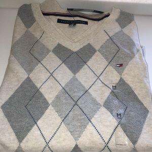 NWT Tommy Hilfiger Argyle Sweater